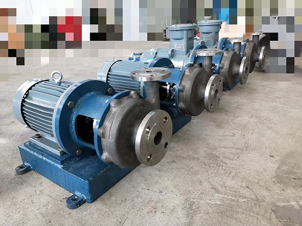 直连式钛泵YCL出料泵